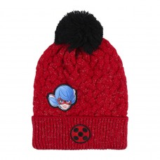 HAT WITH APPLICATIONS PATCHES LADY BUG