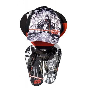Star Wars baseball cap and flip-flops